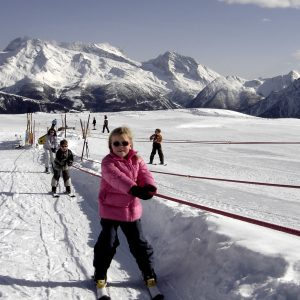 De minilift bij de skischool